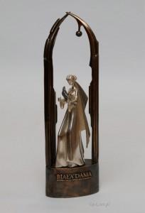 Statuetka-Bialej-Damy